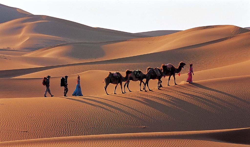 【南寺、激情腾格里大漠探秘、深度穿越】一日游
