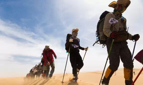 【2019挑战腾格里--团队徒步穿越沙漠火热起航】
