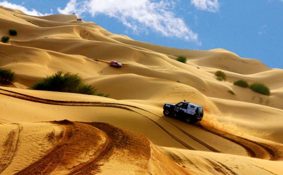 【公司/团队 私人定制 沙漠拓展、穿越、徒步、烧烤】